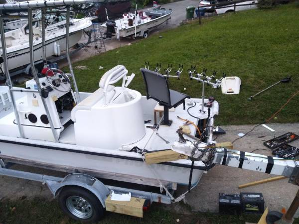 Photo 19 ft Kenner Pro Skiff - $6,800 (Greenville)