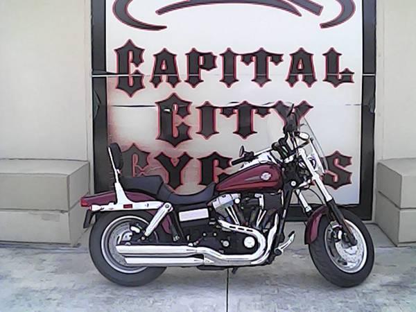 Photo 2009 HARLEY-DAVIDSON DYNA FAT BOB - $8,995 (COLUMBIA)