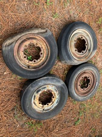 Photo 4x Pre 1967 Wide 5 Vintage VW Beetle Bug Wheels  Tires Wheels - $100 (North Augusta)