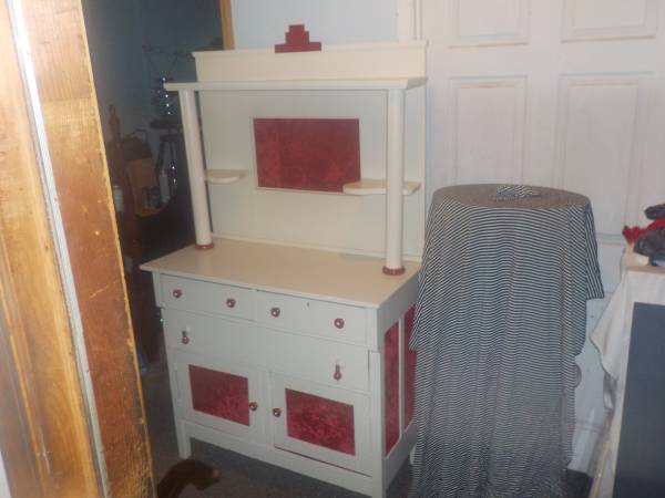 Photo Antique White Victorian Farm House Style Cabinet - $175 (sumter sc)