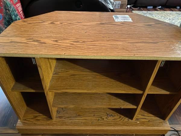 Photo Corner TV stand - $40 (North Augusta)
