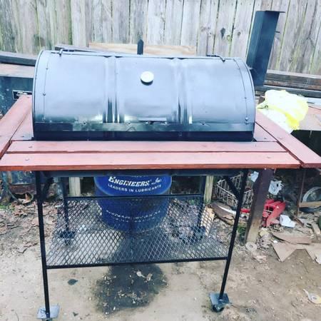 Photo Drum bbq grill - $325 (Williston)