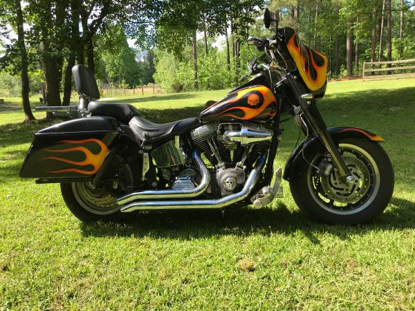 Photo Fat Boy Soft tail 97 rebuild in 2007 new power train. - $5,400 (Gray Court)