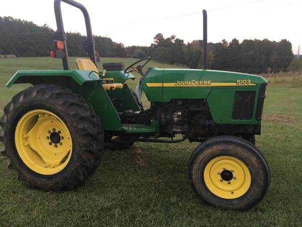 Photo John Deere 5103 Model - Low Hours - $13,500 (Appling, Ga)