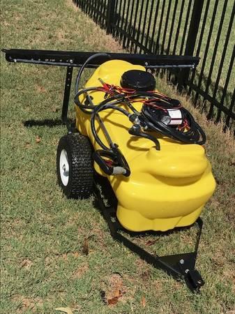 Photo Like New SMV Industries 25TY202HLB2G2N 25 Gallon DLX Trail Sprayer - $250 (Hephzibah, GA)