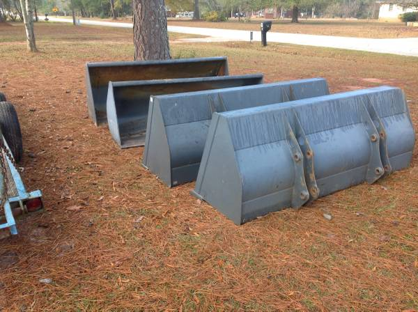 Photo New Take Off Ford or New Holland Buckets - $650 (Greenwood,SC)