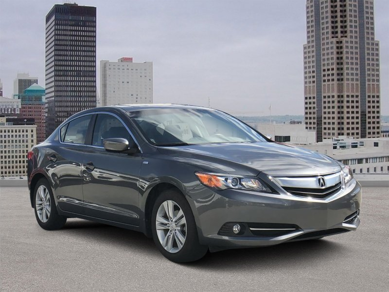 Photo Used 2013 Acura ILX Hybrid w Technology Package for sale