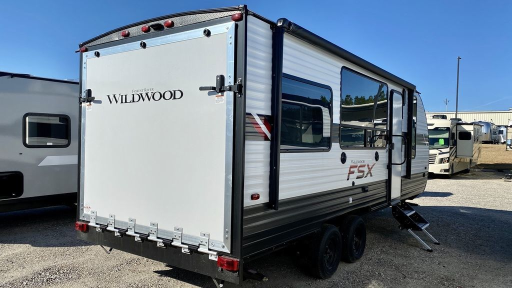Photo 2020 Forest River Wildwood FSX Midwest 190RT $ 20976