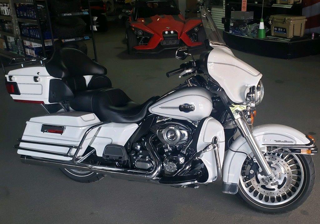 Photo 2012 Harley-Davidsonxc2xae FLHTCU - Electra Glidexc2xae Ultra Classic $13999