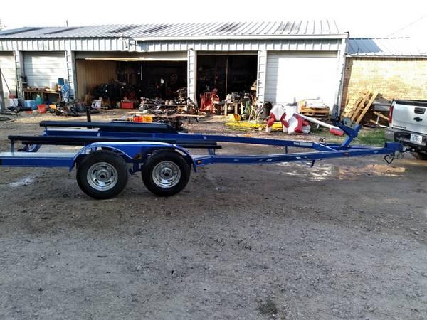 Photo 19-22 foot Tandem axle Boat Trailer - $2,000 (Alvin)