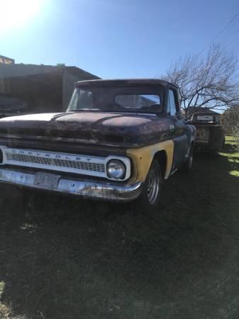Photo 1965 C10 Chevy truck - $3900 (Round rock)