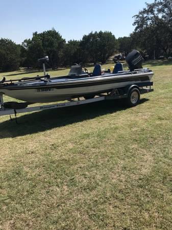 Photo 1992 Ranger Bass Boat - $8,500 (Florence)