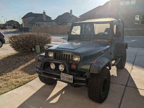 Photo 1995 Jeep Wrangler YJ - great condition - $9,600 (Austin)