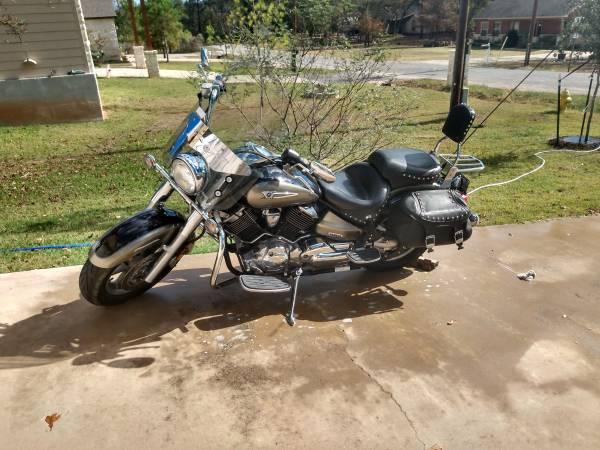 Photo 2005 Yamaha V Star 1100 - $4,250 (Bastrop)
