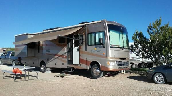 Photo 2007 Fleetwood Bounder - $35,000 (Marfa, TX)