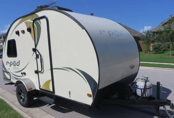 Photo 2014 RPOD Forest River RV R-Pod RP-172 Travel Trailer - $13,500 (Round Rock)