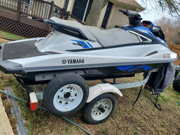 Photo 2015 Yamaha Waverunner VX - $8,350 (Austin)