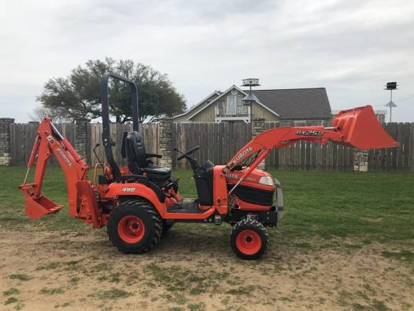 Photo 2018 Kubota BX25D Tractor - $16,500 (Cameron)