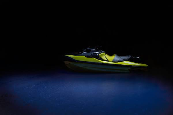 Photo 2018 Sea Doo RXT-X 300 with incredible stereo and tandem trailer - $16,000 (lake travis)
