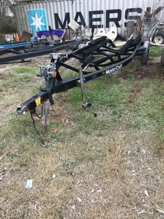 Photo 23-24 inboard MasterCraft Malibu Air Natique Boat Trailer - $2500 (Alvin)