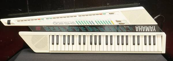 Photo 8039s Yamaha SHS-200 Keytar - $180 (South Austin)