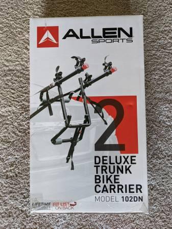Photo Allen Sports M102DN - two bike trunk rack - $20 (Austin)