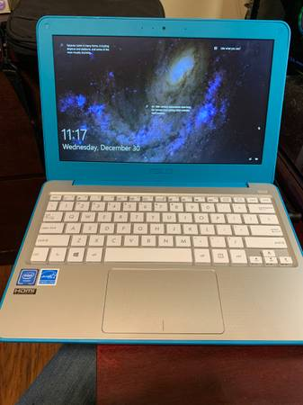 Photo Asus 11.6 inch laptop - $175 (Georgetown)