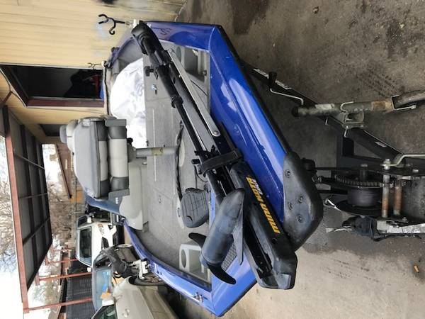 Photo Bass Tracker Boat - $13500 (Austin)