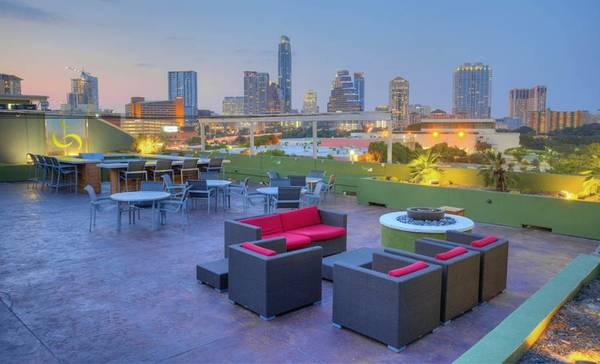 Photo Come and enjoy Austin your favorite city on the planet (Austin, TX)