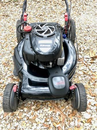 Photo Craftsman Lawn mower-Front Drive Self-Propelled-190cc Platinum - $150 (Austin)