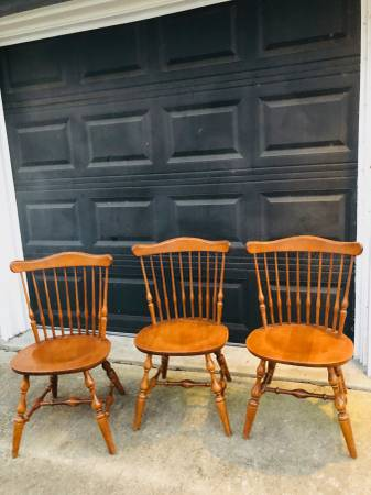 Photo ETHAN ALLEN Heirloom Nutmeg Maple Governor Bradford Side Chair 10-6102 - $600 (Braker  Lamar)