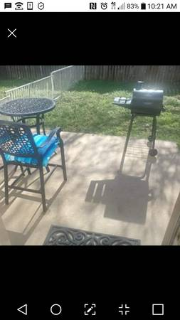 Photo Female Room Rent Private Entrance RR (Round Rock)
