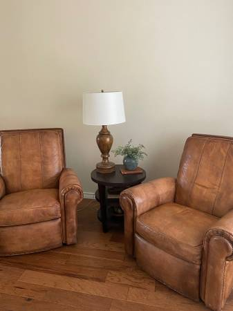 Photo Hancock and Moore leather recliners - $800 (NW)