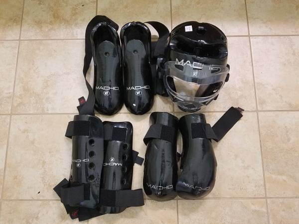 Photo Macho Karate Sparring Gear Set - $50 (Northwest Austin)