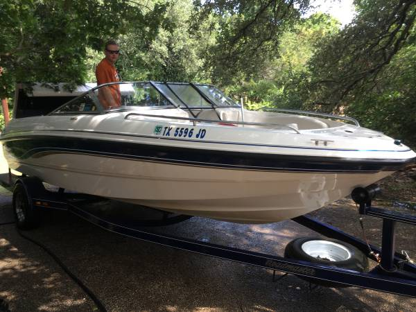 Photo Mint Classic 1999 Chaparrel open bow ski Boat and Trailer LOADED - $11,300 (Austin)