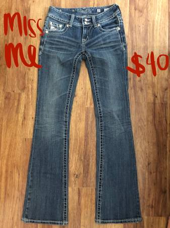 Photo Miss Me jeans  True Religion Size 25 and 29 - $20 (Manor)