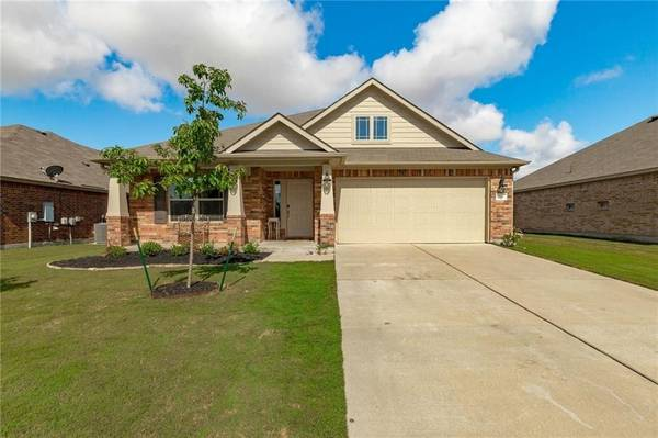 Photo Out with the old, in with the new Home in Hutto. 3 Beds, 2 Baths (Hutto)