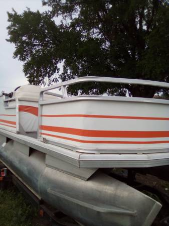Photo PARTY BARGE PONTOON 2003 BOAT 18 FOOT 75 HP WITH TRAILER - $8,550 (Marble falls)