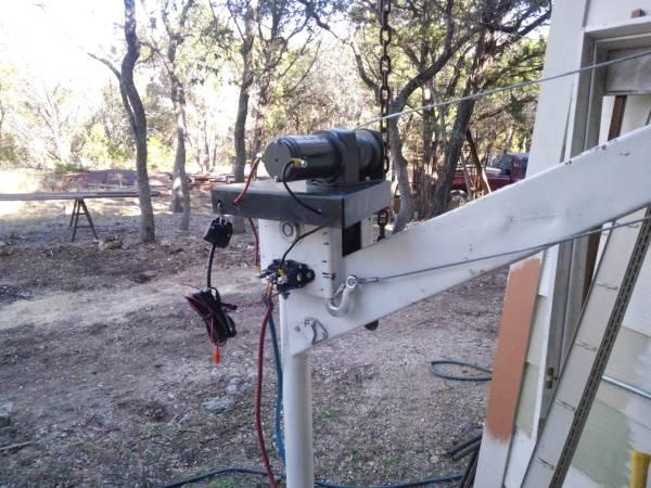 Photo Pivoting 1 ton 12v electric Lifthoistjib crane - $400 (Wimberley)