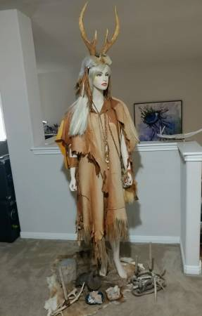Photo Tall female mannequin - $100 (Pflugerville)
