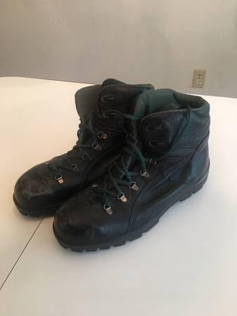Photo Wolverine Work Boots 11.5 - $25 (Cedar Park)