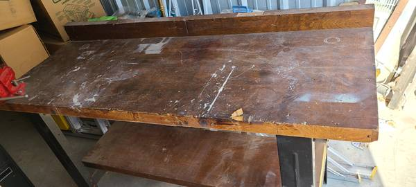 Photo Wood and Metal Work Bench w Craftsman Vise 60quotw x 36quoth x 24quotd - $95 (Round Rock)