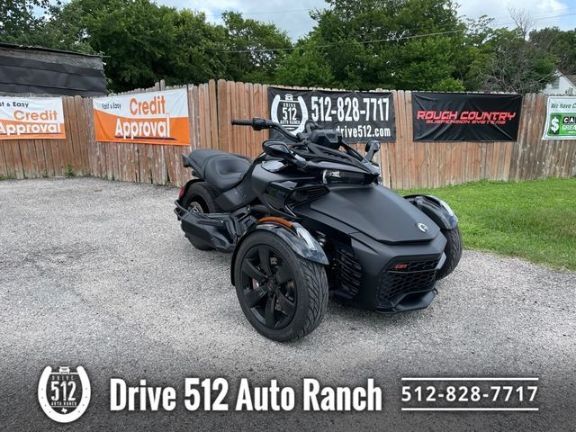 Photo Used 2021 Can-Am Sport Touring Motorcycle  $21995