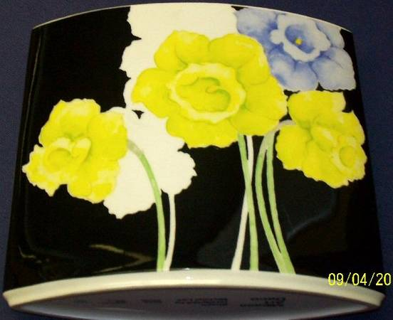 Photo vintage MIKASA Art Deco vases MICHAEL LAX designer - $125 (central)