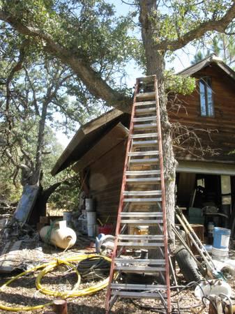 Photo 12 ft a frame ladder - $125 (Tehachapi)