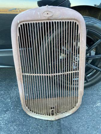 Photo 1933 Ford Commercial Grill - $450 (Bakersfield)