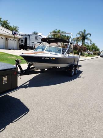 Photo 1984 Ski Supreme boat 351, V8 inboard - $8,500 (Bakersfield)
