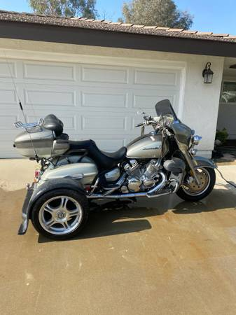 Photo 1999 Yamaha Royal Star Venture With Trigg Trike Kit. - $3,950 (Bakersfield)