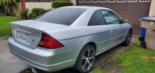 Photo 2003 Honda civic - $2800 (Bakersfield)