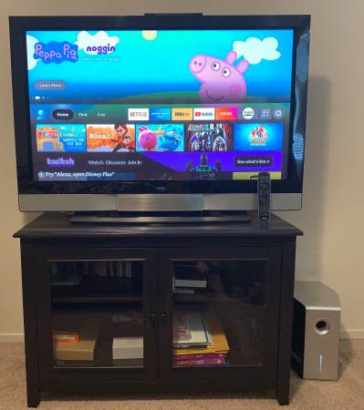 Photo 50 Plasma Tv w Tv stand and Subwoofer Included Price Reduced - $250 (Bakersfield)